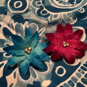 Other - Flower Hair Clips